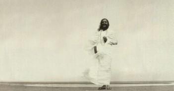 Maharishi-bw-copy-712x367